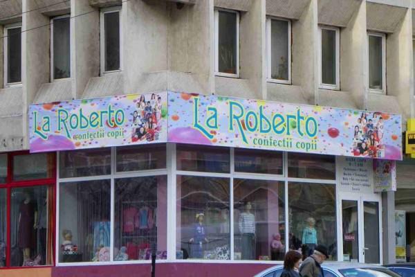 roberto07ACEFAA-247E-4514-6812-54B897635E16.jpg